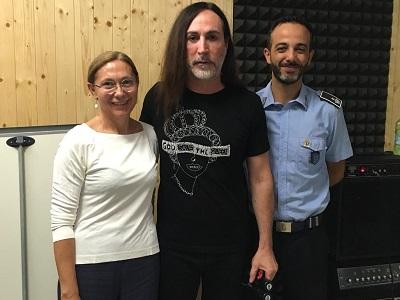 Francesca Perrini, dirigente del centro per la giustizia minorile per la Lombardia, Manuel Agnelli e Marco Casella, comandante di reparto