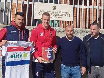 Una delegazione della Sambenedettese Calcio nel carcere di Ascoli Piceno