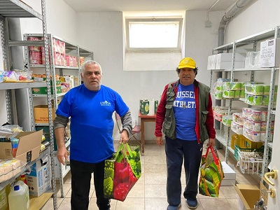 400x300 detenuti-di-isola-solidale-generi-alimentari-per-famiglie-fragili