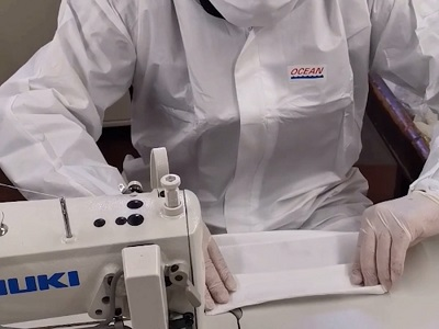 Produzione delle mascherine nel carcere di Massa