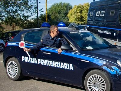 Polizia-Penitenziaria-Auto-paletta