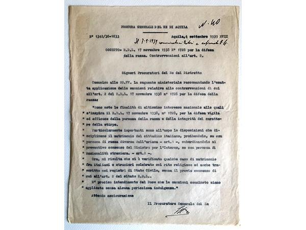 Applicazione delle leggi razziali - divieto di matrimonio del cittadino italiano con persona di razza diversa da quella ariana