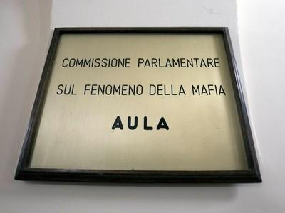 LA TARGA DELLA COMMISSIONE ANTIMAFIA